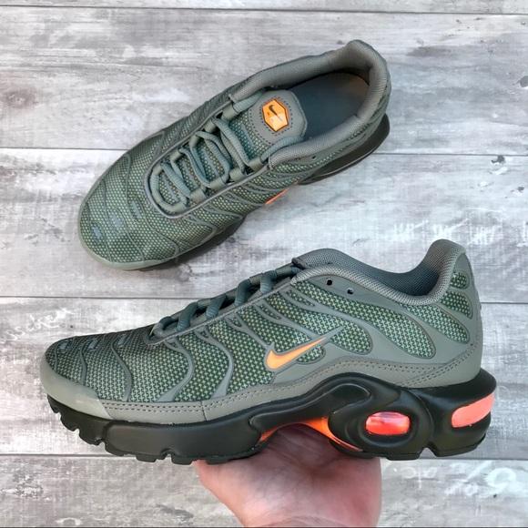 Nike Shoes | Nike Air Max Plus Se Bg